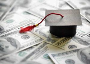 【FP監修】学資保険とは?特徴と選び方のポイントを分かりやすく解説します!