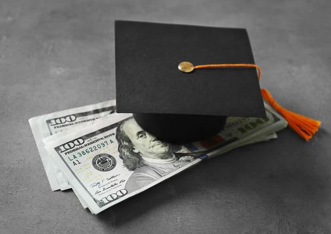 【FP監修】学資保険と終身保険を徹底比較!教育資金を貯めるにはどっちがいい?