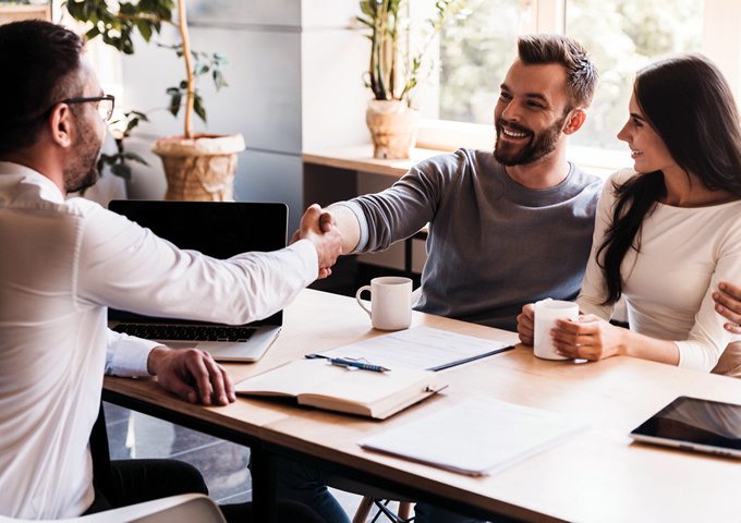【FP監修】学資保険の相談先はどこがいい?相談の疑問やポイントを解説