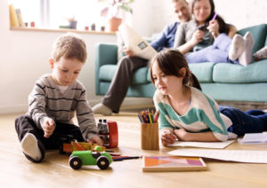 【FP監修】共働き世帯は要チェック!2019年児童手当の所得制限が厳しくなる?!